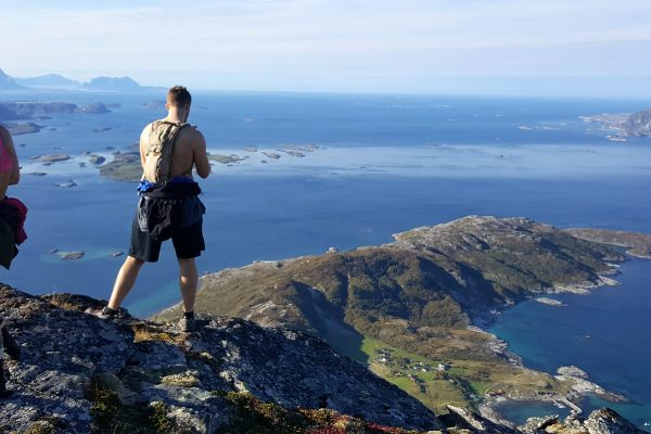 Guided Summit Day Hike to Mt. Litltind in Bodø